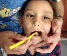 ¿Como lavar los dientes a un niño?